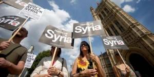 PCN-TV - manif anti-guerre Londres (2013 08 29) FR